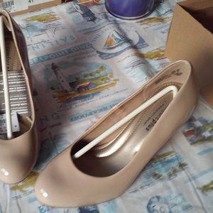 "Comfort Plus by Predictions Karmen 3"" Heel Shoes"